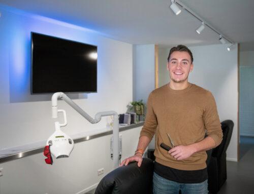 Ondernemer Remco Duyx start TWO Barber & Whitening aan Borner Markt