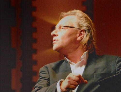 """Wim Hendrix: """"Mannenkoor DSM viert 70 jarig bestaan"""""""